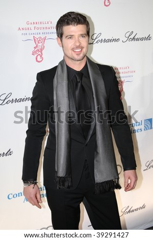 NEW YORK, NY - OCTOBER 20: Robin Thicke attends the 2009 Angel Ball on October 20, 2009 in New York City. - stock photo