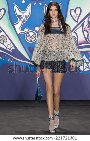 NEW YORK, NY - SEPTEMBER 10: Antonia Wesseloh walks the runway at Anna Sui fashion show during Mercedes-Benz Fashion Week Spring 2015 at The Theatre at Lincoln Center SEPTEMBER 10, 2014