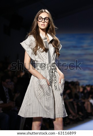 NEW YORK - SEPTEMBER 13: Model walks runway for new collection by Tracy Reese on Spring/Summer 2011 during Mercedes-Benz Fashion Week on September 13, 2010 in New York - stock photo