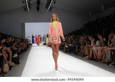 NEW YORK - SEPTEMBER 14: Model walks the runway at the Nanette Lepore Spring/Summer 2012 collection during New York Fashion Week on September 14, 2011 in New York City. - stock photo