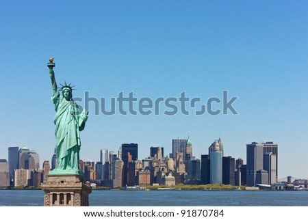 New York skyline with Statute of Liberty in front