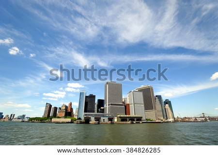 New York, view of Manhattan from the river.