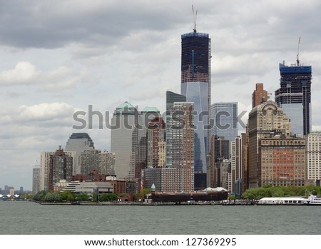 New York with harbor in cloudy ambiance
