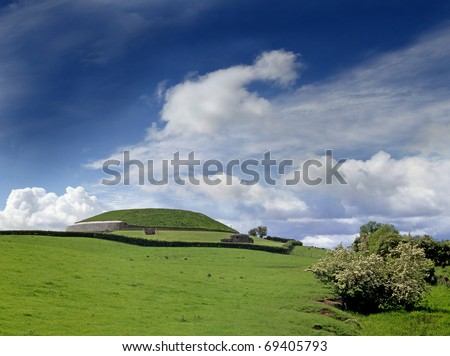 Newgrange Megalithic Passage Tomb 3200 BC - a World Heritage Site by UNESCO - stock photo