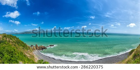 Nhatrang Bay in summer, this is considered the most beautiful bays in central Vietnam with mild climate, cool, with more permissive continuous mountain to ocean waves.