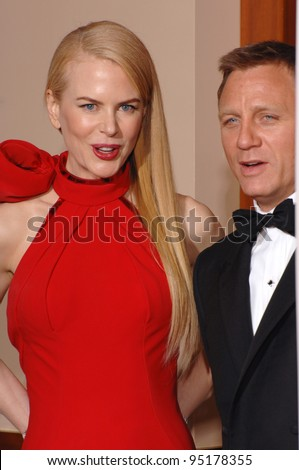 Nicole Kidman & Daniel Craig at the 79th Annual Academy Awards at the Kodak Theatre, Hollywood. February 26, 2007  Los Angeles, CA Picture: Paul Smith / Featureflash - stock photo