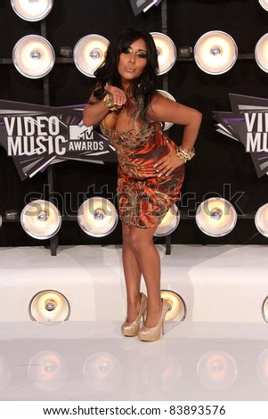 "Nicole ""Snooki"" Polizzi at the 2011 MTV Video Music Awards Arrivals, Nokia Theatre LA Live, Los Angeles, CA 08-28-11"