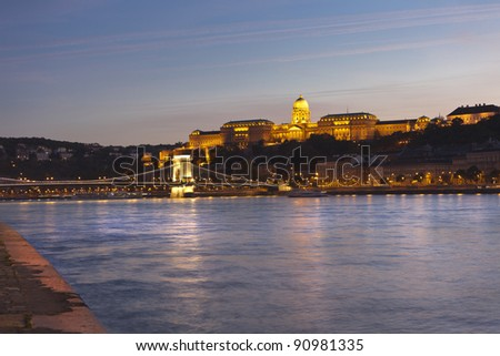 Night scene of Budapest, with the famous chain bridge, and royal palace