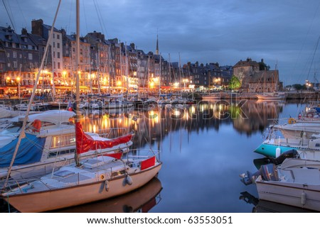 Nightscape of the old harbor in Honfleur, France (02)