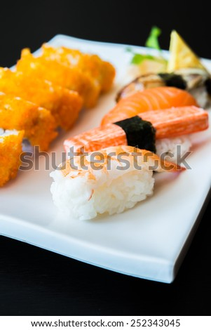 Nigiri sushi japanese food