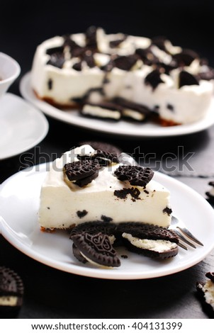 no bake cheese cake with black and white cookies - stock photo
