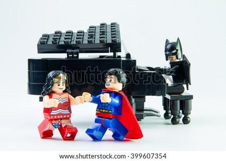 Nonthaburethailand March312016 Lego Minifigure Batmansuperman Wonder ...