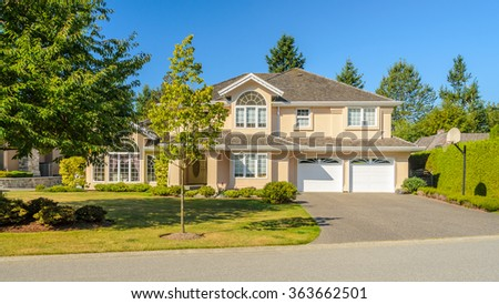 North American Home in the suburbs. - stock photo