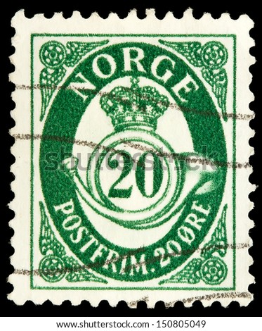 NORWAY - CIRCA 1937: A stamp printed in Norway shows crown, post horn and value, circa 1937.