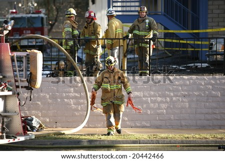 "November 9 2008, ""Americas Best Value Inn"" motel 6 almarm fire. Over 100 fire fighters, more than 25 fire trucks and units, all guest alerted by 6 marines."