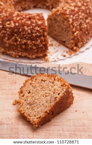 Nut cake with kitchen knife
