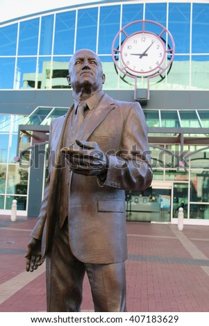 Oakland, CA, USA - December 25, 2015: Statue of C.L. Dellums, one of the organizers and leaders of the Brotherhood of Sleeping Car Porters, is located in front of Jack London Square Station.