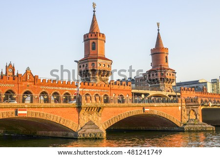 Oberbaum Bridge in Berlin at sunset - BERLIN / GERMANY - AUGUST  31, 2016