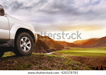 Offroad car concept with mountains