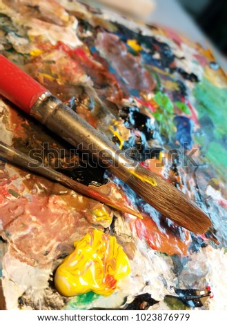 Oil paints and paint brushes