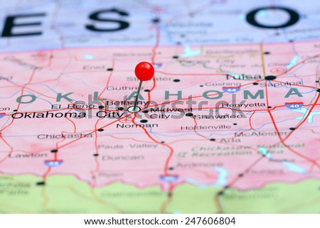 oklahoma city pinned on a map of usa
