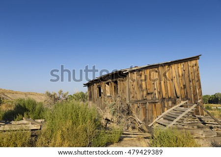 Old abandoned shack in the Nevada Desert