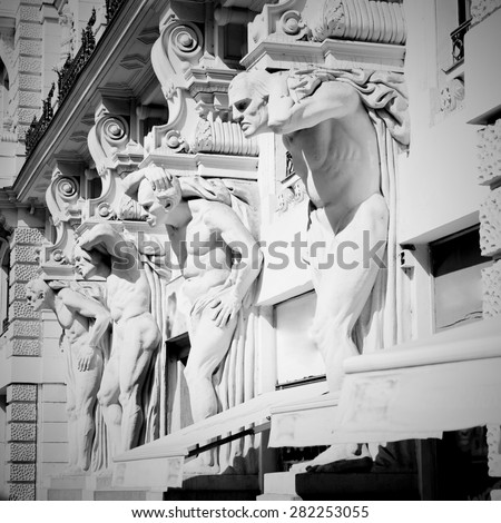 Old art house facade with statues. In four dummy Brno