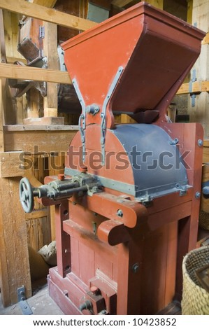 Old mechanism for processing the corn grain in the watermill