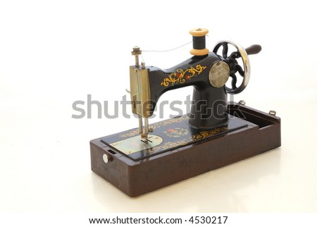 Old sewing machine3