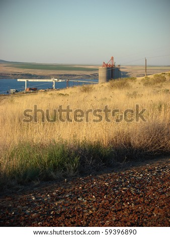 Old silo on Columbia river Oregon - stock photo