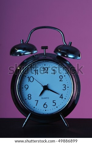 Old style alarm clock with night effect