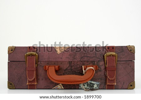 old travelers suit case - stock photo