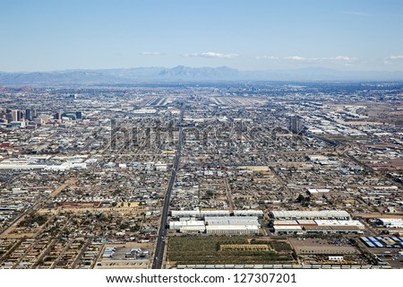 On approach from the West to Sky Harbor International Airport in Phoenix, Arizona - stock photo