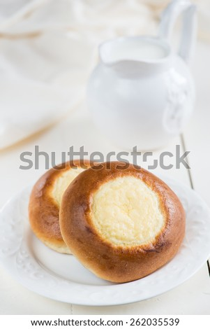 Open mini pies with cottage cheese