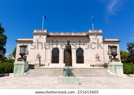 Organization of American States in Washington DC with Isabel la Catolica Statue - stock photo