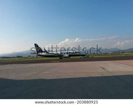 ORIO AL SERIO (BERGAMO), 7 JULY 2014 - Ryanair aircraft preparing for take off - Dublin based Ryanair is the leading cheap flight company carrying millions of travellers all over Europe every year - stock photo