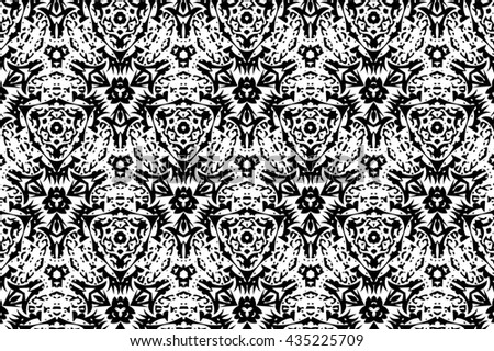Ornament with black and white patterns. 4
