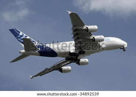 OSHKOSH, WISCONSIN - JULY 28: An Airbus A380 jet performs a flight demonstration at Airventure 2009.  This was the first time that an A380 appeared at Airventure in Oshkosh, Wisconsin.