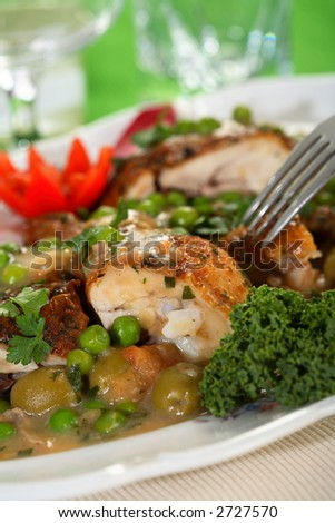 Oven chicken with peas