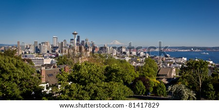 Overview vista of Seattle and Mount Rainer, - stock photo