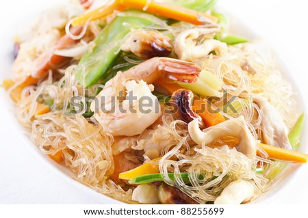 Pad woon sen with shrimps