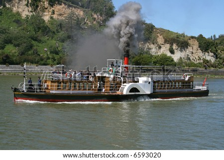 Paddle steamer on Whanganui River, New Zealand - stock photo
