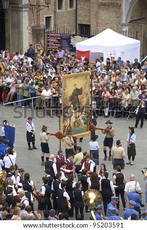 PADUA,ITALY - JUN, 13:Feast of St.Anthony of Padua,the banner of St.Anthony is taken in procession trough the streets of the city, June 13,2011 in Padua,Italy
