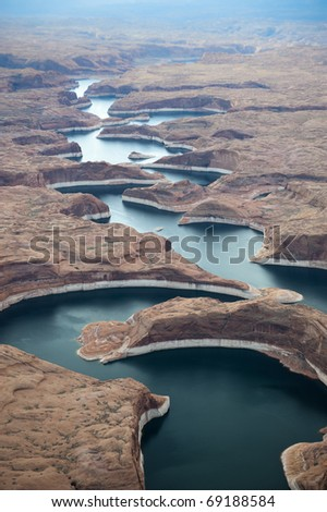 Page, Arizona: Lake Powell winds it way through the canyons of the Glen Canyon National Recreation Area.