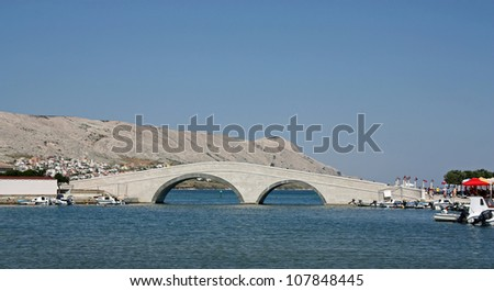 Pager Bruecke, Historic stone bridge of the city of Pag on the island Pag in Croatia