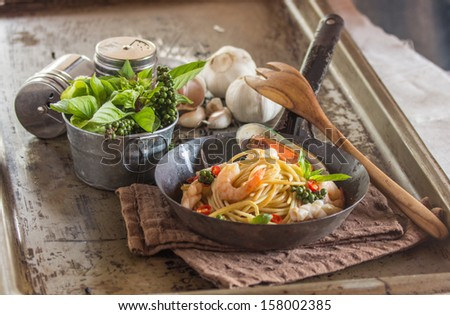 paghetti with mussels - stock photo