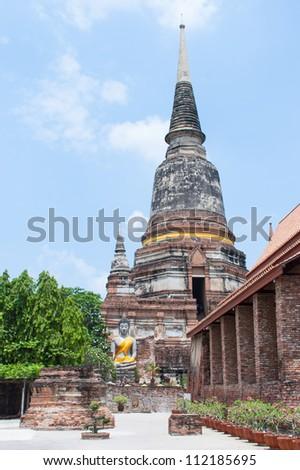 Pagoda and buddha status at Yai Temple, Ayutthaya, Thailand - stock photo