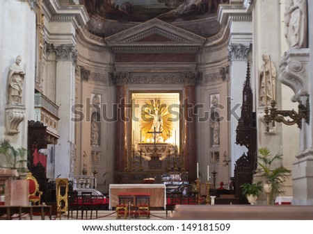 PALERMO - JULY 28: Interior of cathedral or Duomo on July 28, 2012 in Palermo, Italy.
