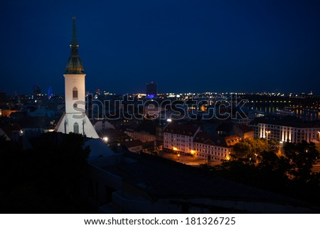 Panorama at night with st. Martin Cathederal