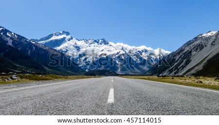 Panoramic road to Mount Cook